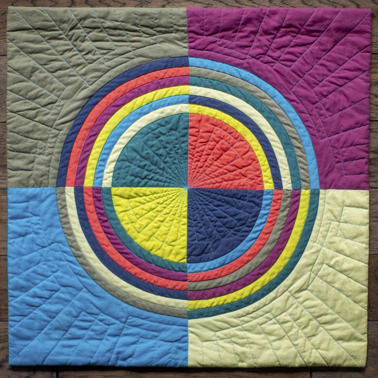 The Great Wisconsin Quilt Show 2020 Modern Mini Quilt Challenge
